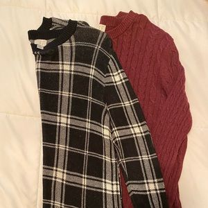 Set of two sweaters